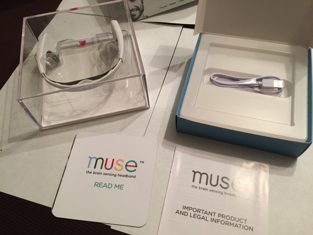 Muse_Interaxon_wearable_headset_unboxed